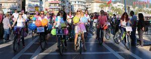 süslü kadınlar bisiklet turu marmaris