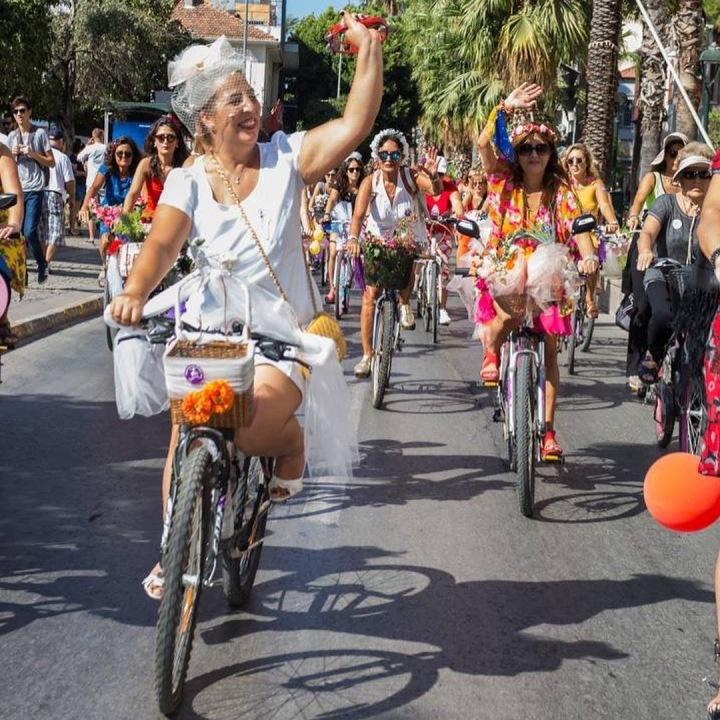 antalya suslu kadinlar bisiklet turu