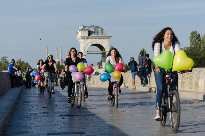 edirne suslu kadinlar bisiklet turu