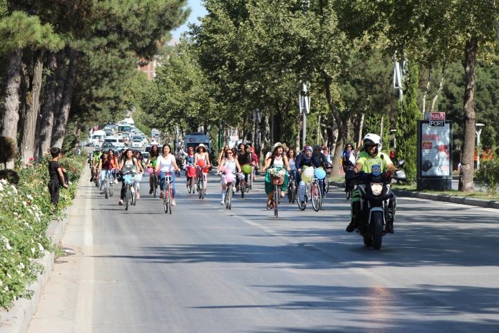 elazığ bisikletli kadınlar
