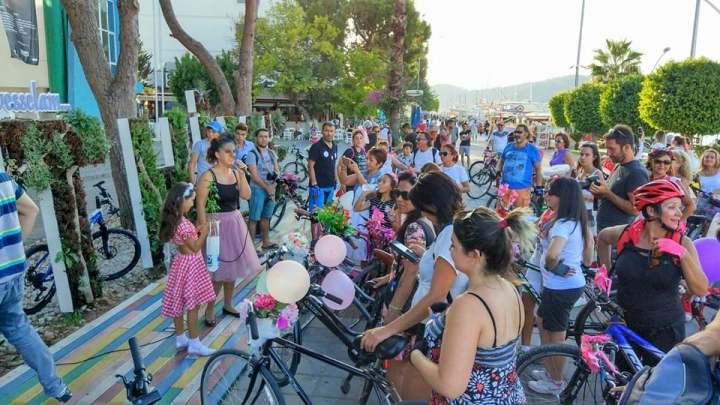 fethiye bisikletli kadınlar