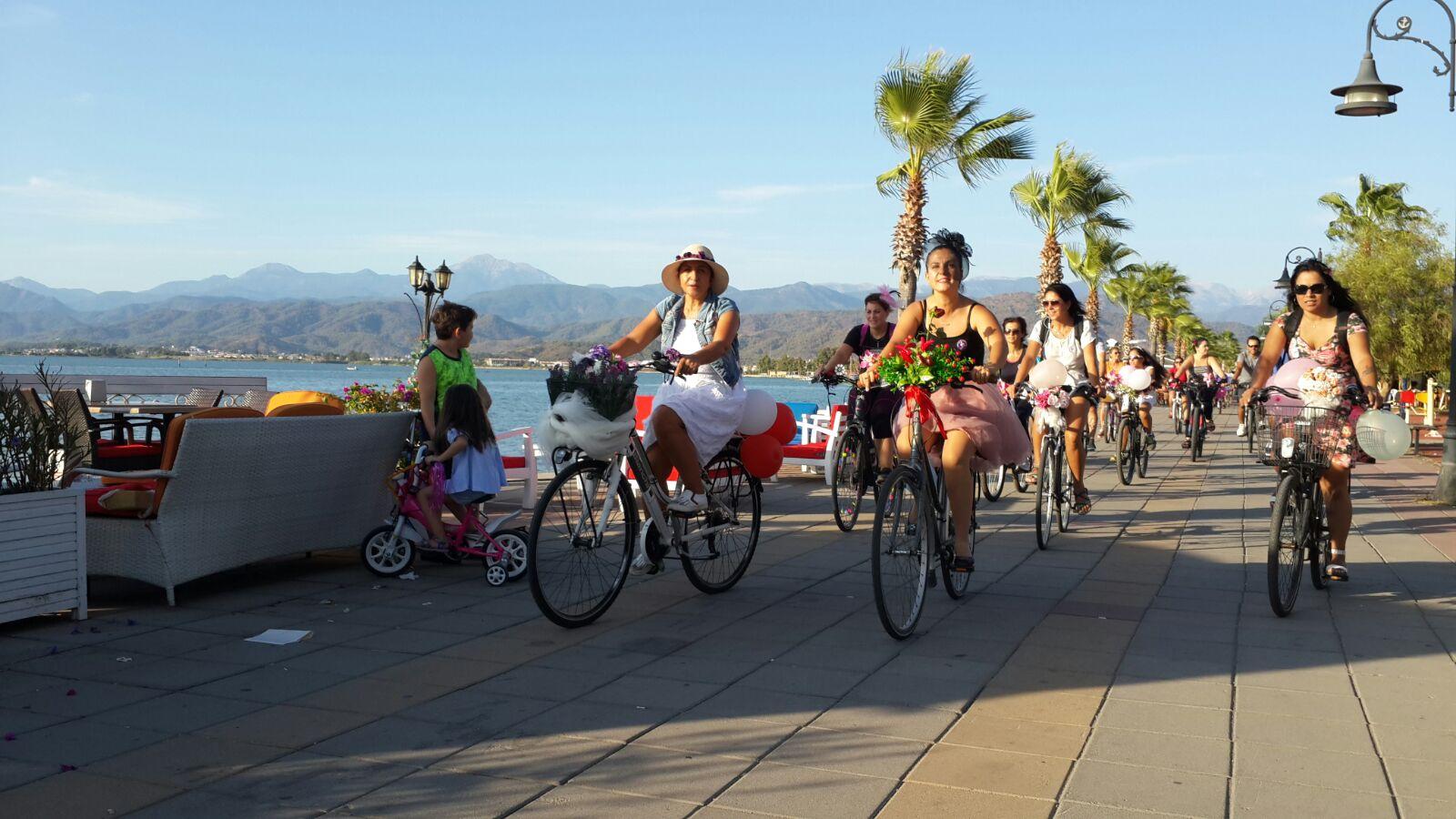 Fethiye suslu kadinlar bisiklet turu
