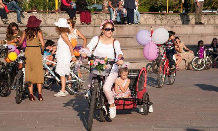 kdz eregli bisikletli anne